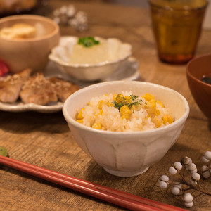 カネコ小兵製陶所 リンカ (輪花) 11cm茶碗