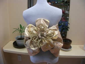 成人式 .七五三のハンドメイド二部式帯の豪華なゴールド桜花 オンリーワン