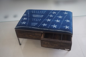 品番UAIW-117  2drawer ottoman[wide/African indigo batik tribal]