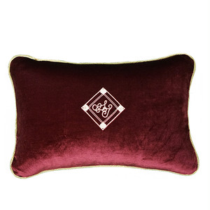 Velvet Cushion 30×45 wine red