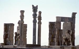 ペルセポリス遺跡  クセルクセス1世の門