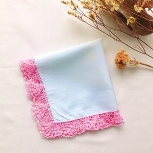 Antique Handkerchief Pale BL&BL