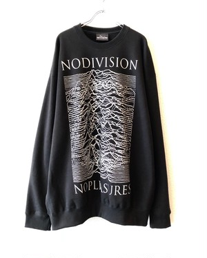 "SILVER【18055】CREW NECK BIG SWEAT ""NO DIVISION NO PLEASURES"""