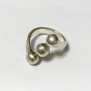 Vintage Triple Ball Design Siver Ring