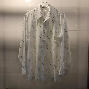 爽やかな開襟シャツ