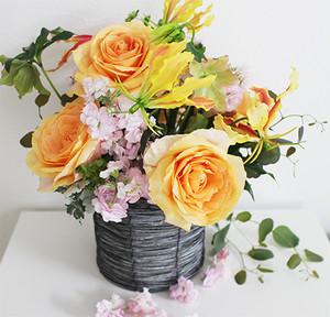 doux jardin 母の日 生花アレンジメント「Chic orange」