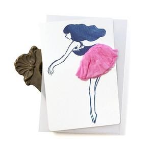 スカートふわふわの踊り子カード ピンクの踊り子