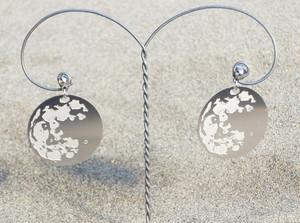 cometman 月(表・裏あり)のピアスorイヤリング