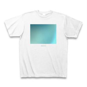 謎の青色Tシャツ(iPhone写真)