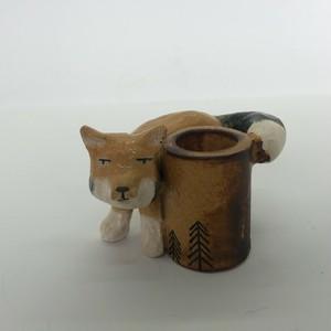 陶のスタンド「チベットスナギツネ」