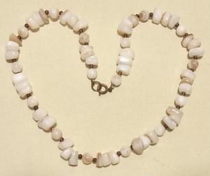 ヴィンテージ 天然貝のビーズネックレス 1380N