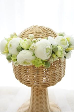 「princess of Lily」とセットで♪スズランとラナンキュラスの花冠
