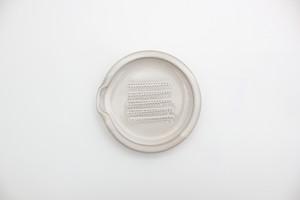 加藤智也さんの「おろし皿」M