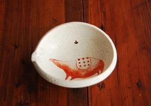 亥・赤絵粉引貫入片口小鉢 Iron Red Overglazed Lipped Bowl