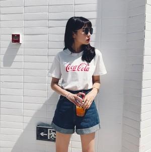 【トップス】カジュアルラウンドネックコーラ半袖Tシャツ