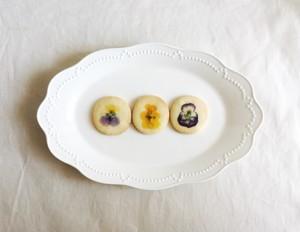 ご予約受付中 ビオラの丸いクッキー