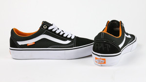 VANS × CULT SHOES  Old Scool Pro Color:Black/White/Orange