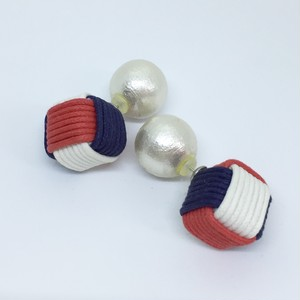Cube Earrings キューブピアス (tricolor)