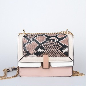 European Chain Shoulder Bag Serpentine Crossbody Bag PU Leather Messenger Bag (FO99-0569044)
