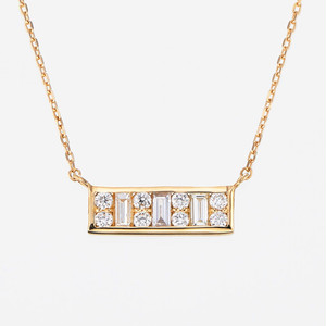 Aya K18YG Diamond Pendant Necklace (ダイヤモンド ペンダント)