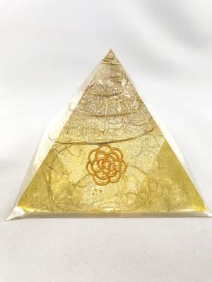 ピラミッド型オルゴナイト【シトリン&天然水晶】