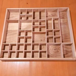 指ぬき飾り用の木製ホルダー 飾り棚 ドイツヴィンテージ ヨーロッパ  木製 レトロ ブロカント