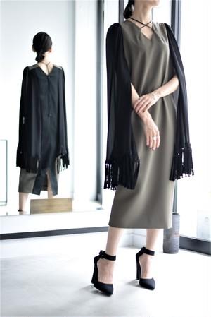 LOKITHO / fringed cape sleeve dress