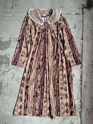 vintage design collar dress