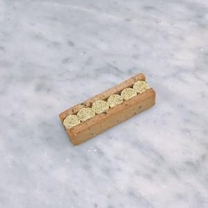 有機ほうれん草のバターサンド