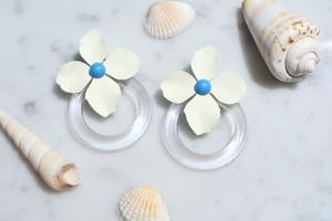 white mat flower clear hoop layered pieace