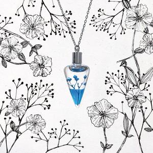 植物標本ネックレス【空】●揺り動くハーバリウムのネックレス●