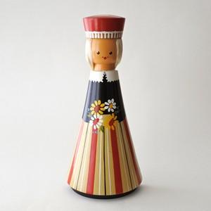 SALVO 壁掛け人形の女の子
