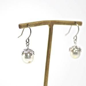 あこや本真珠の木の実のピアスT