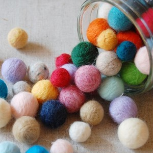 kit-01【羊毛フェルトキット動画付き】フェルトボールをモリモリ作っちゃおう!キット