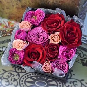 【フラワーボックス】バラでつくるローズボックス。 おしゃれな誕生日プレゼントや引越し祝い、手土産用のギフトにおすすめ
