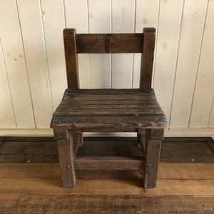 学校椅子1