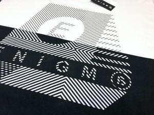 【ENiGM@】Blur Logo L/S Tee