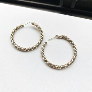 シルバー真鍮ロープ・ツイストフープピアス