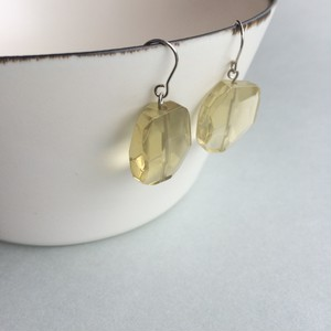 Lemon quartz,pierce