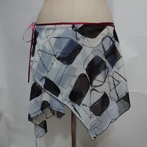 ランダムスクエアの巻きヒップスカーフ(バッグ柄)