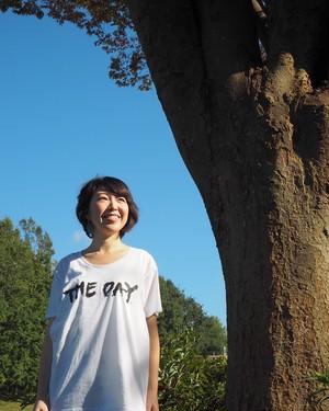 """""""THE DAY"""" Tシャツ(白・Mサイズ)"""
