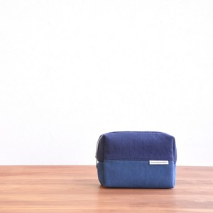 CANVAS BOX POUCH M / NV×RB