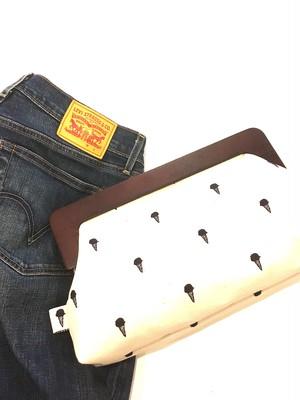 アイスクリームのクラッチバッグ