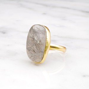 SINGLE BIG STONE RING GOLD 076