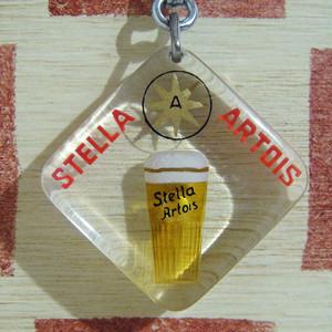 ベルギー ビール STELLA ARTOIS[ステラ・アルトワ] フランス広告ノベルティ 動くブルボンキーホルダー