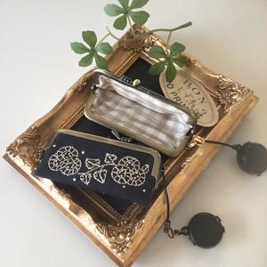 刺繍の印鑑ケース(ベージュ)
