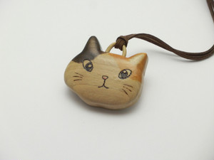 桂の猫ペンダント P1224