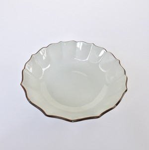[KR21239] 九谷の白 輪花中鉢