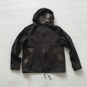 WHITE MOUNTAINEERING BLKのジャケット