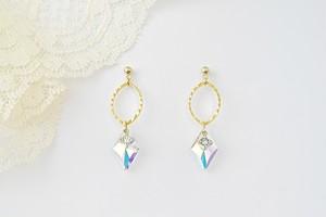 【Dianess】チタン・樹脂ピアス&樹脂イヤリング・きれいなダイヤ型オーロラ